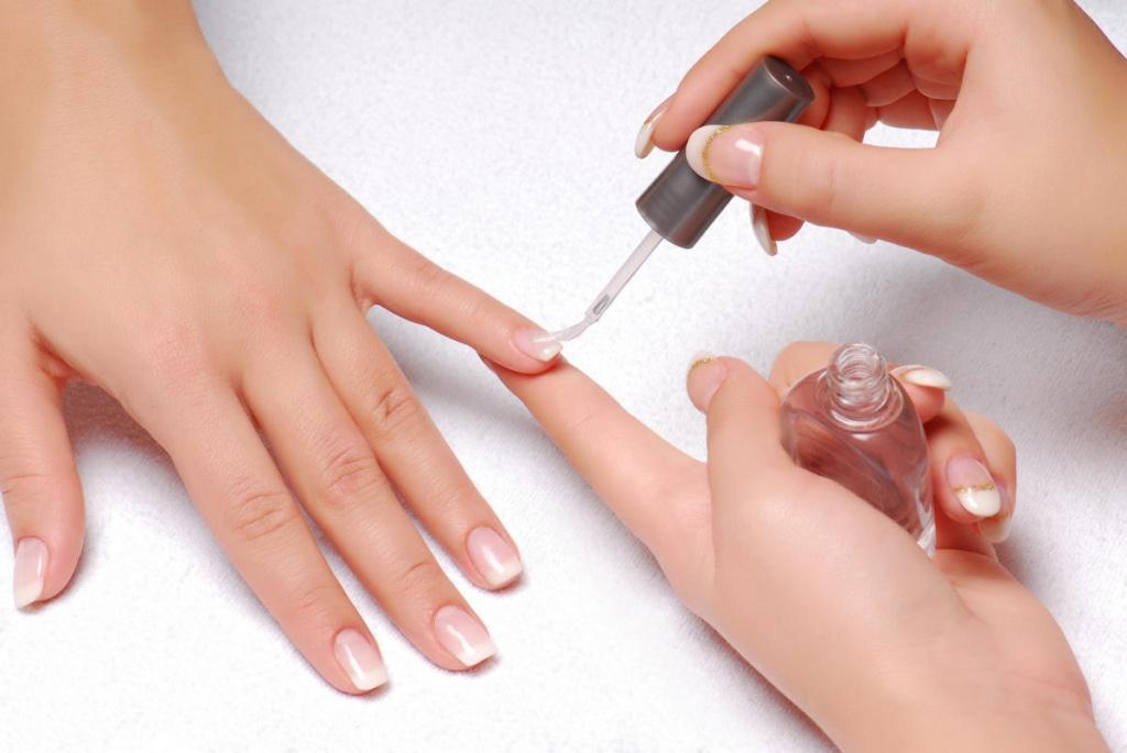 Как сделать, чтобы лак на ногтях держался дольше что 13